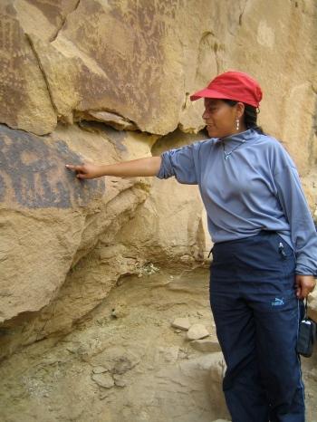 Cristina discovers petroglyphs